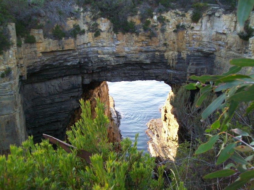 F45 The Tasman Arch on the Tasman Peninsula.