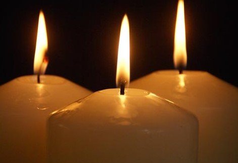 Three candle lighting of Joy (2)