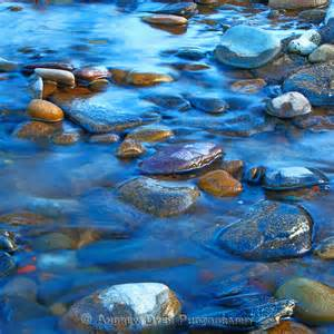blue-wagter-pebbles
